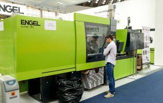 Engel Austria GmbH - mašina za brizganje plastike e-mac 440/180